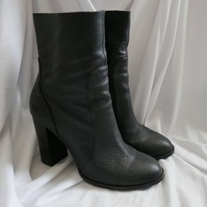 Chinese Laundry - Black Leather Booties - Size 9
